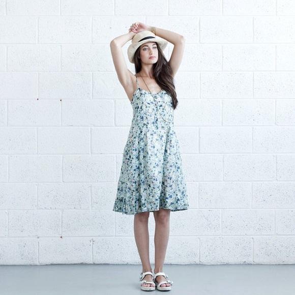 Dresses & Skirts - Pleated Sundress - Floral.